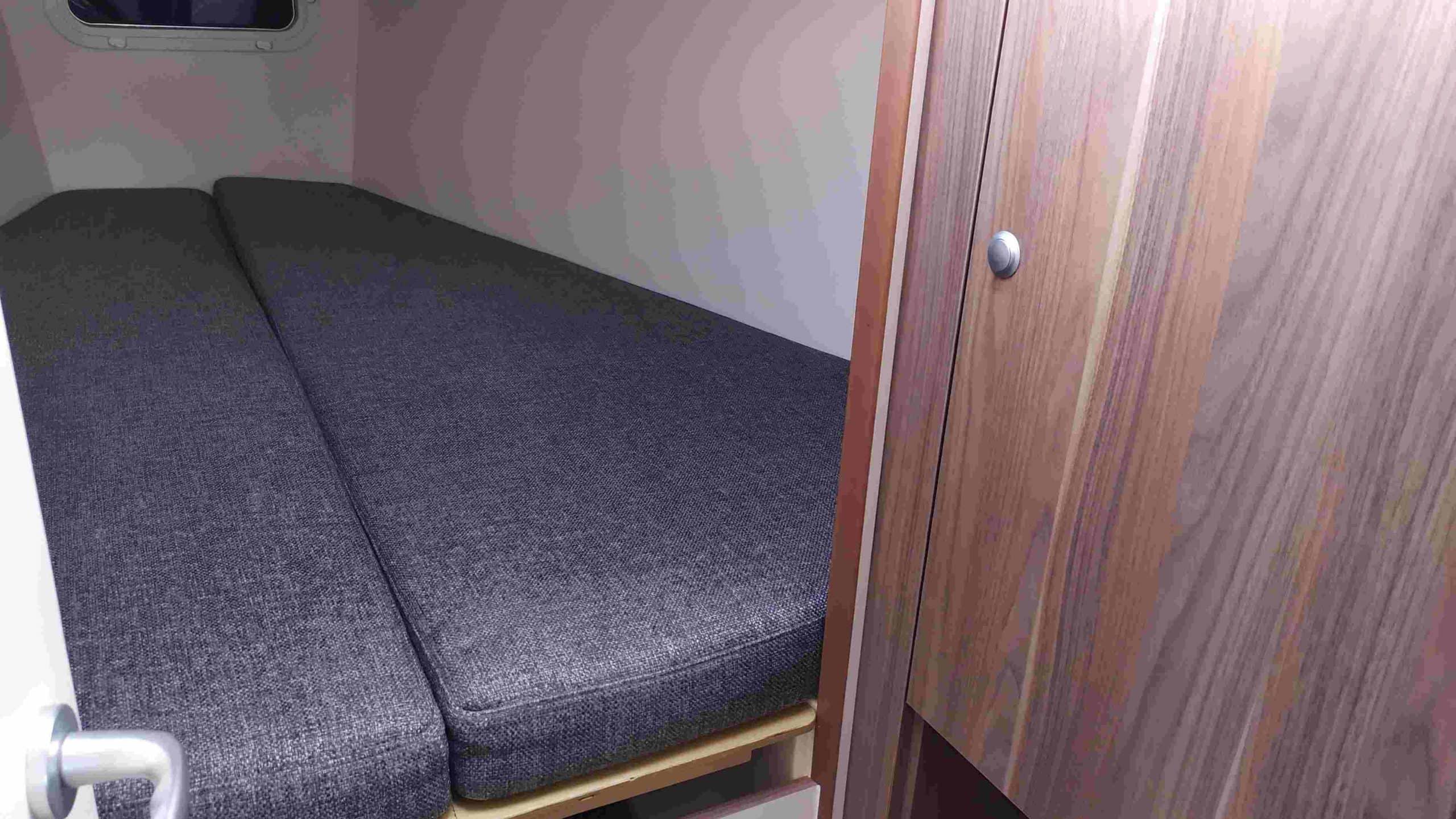 Lorelai-Dehler Varinata-44 bou cabin
